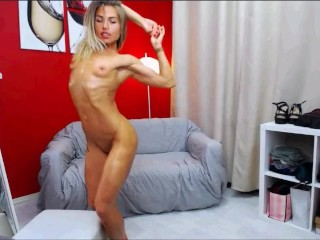 Awesome Oiled Fitness Girl